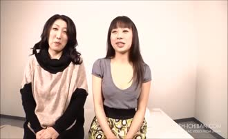 Two japanese girls poop on each other for fun