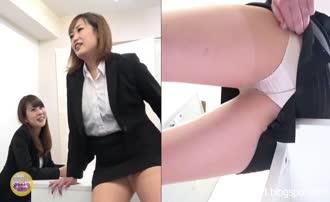 Pantyhose pooping