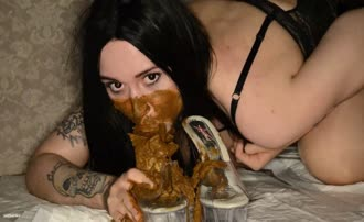 dark haired teen gives an amazing blowjob
